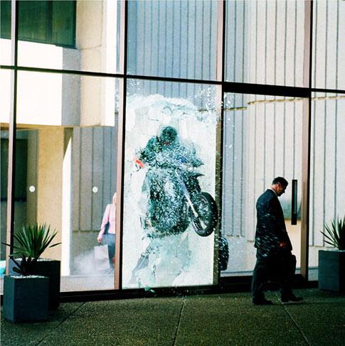 cascade - moto defenestration (Simon Grimmett)