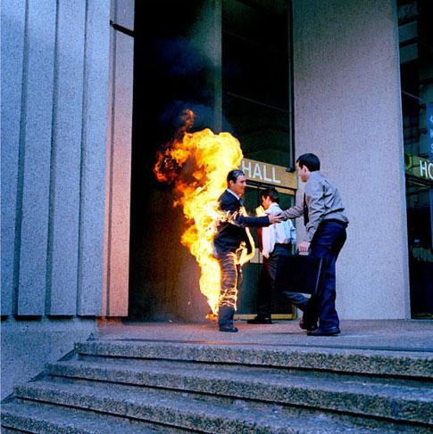 cascade - torche humaine (Simon Grimmett)